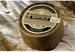 MANCHEGO AÑEJO RAW MILK SHEEP CHEESE (PDO)