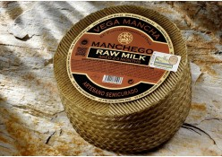 MANCHEGO SEMI RAW MILK SHEEP CHEESE (PDO)